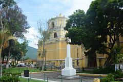 Antigua de Guatemala, La Iglesia de la Merced and Bust of Saint Peter Nolasco