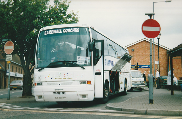 Bakewell Coaches V678 LWT - 21 July 2001