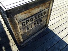 Railroad shipping box