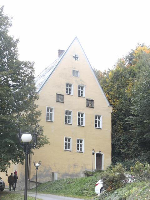 Fronhaus des Schloß Wespenstein