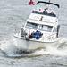 Die Heckwelle eines großen Frachters bringt nicht gerade viel Entspannung beim Bootsauflug... 1x PiP)