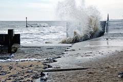 Mundesley waves