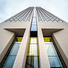 Opernturm Frankfurt - 170 Meter  hoch - erbaut 2007-2009