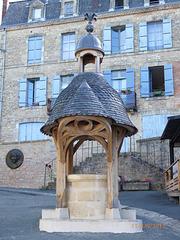 HAUTEFORT Dordogne