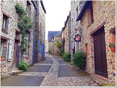 Dans les ruelles de la vieille cité