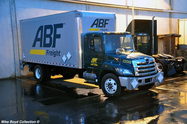 abf frt hino 268 straight truck pacoima los angeles ca 04'16