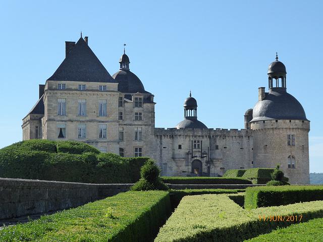 majestueux chateau