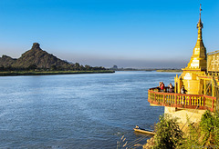 Hpa an Icon Monument (© Buelipix)