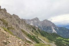 ein Blick zurück und hinüber zu den Drei Schusterspitzen 3152 m und dem Gsellknoten 2875 m (Note) + 4 PIPS