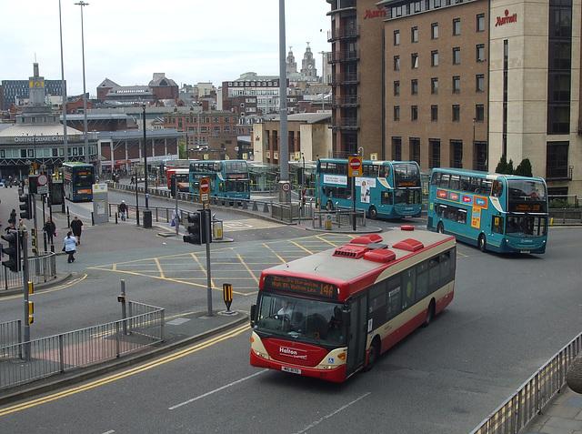 DSCF7973 Halton Borough Transport 87 (MIG 8170, YT09 BKN) in Liverpool - 16 Jun 2017