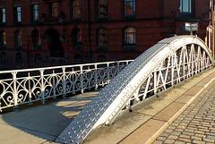 In der Speicherstadt:  Die Kannengießer Brücke