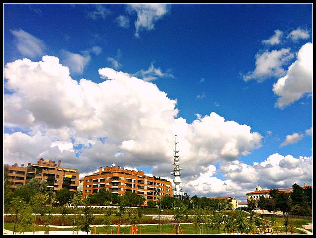 Nubes sobre la ciudad 3