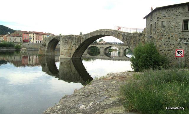 BRIVES CHARENSAC (vestiges du pont à péage) (2)