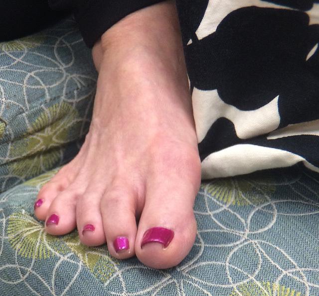 Feet sexy mature Beat Yo