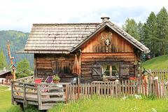 Hütte auf den Rotwandwiesen