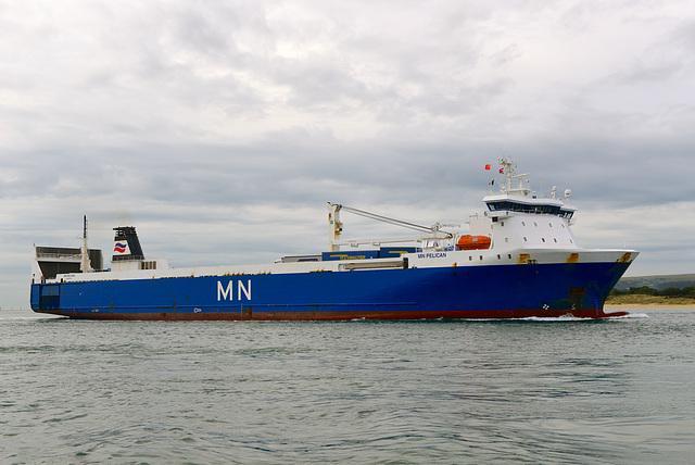 MN PELICAN entering Poole Harbour