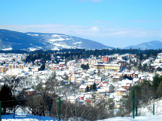 White roofs of   Kneževo
