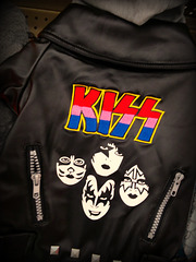 Kiss Kanine