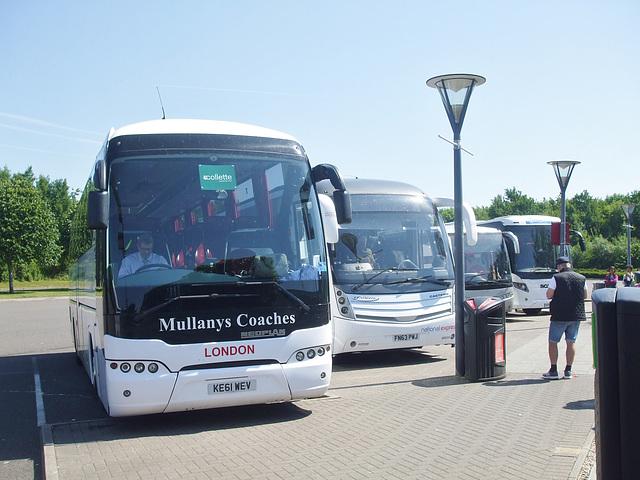 DSCF8150 Coaches at Norton Canes Service Area - 17 Jun 2017