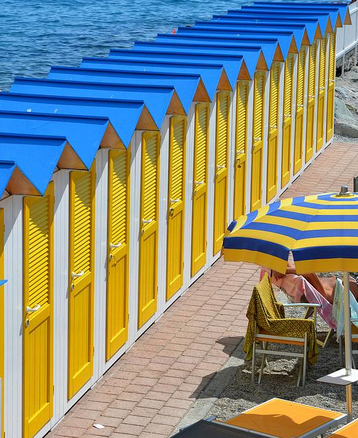 giallo, bianco, azzurro