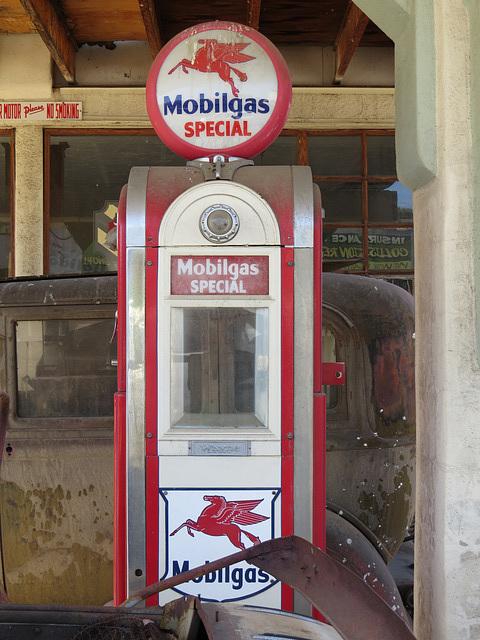 Mobilgas Pump