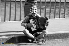 Le joueur d'accordéon sur le pont