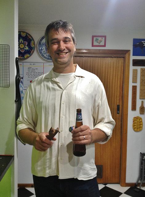 Ad tries Estonian beer