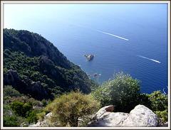 ** Sous le beau soleil de la Corse ** ** EXPLORE **