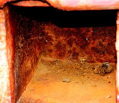 Capstan. Rusty details 4