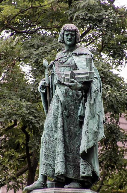 Heinrichsbrunnen auf dem Hagenmarkt
