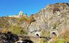 Altenahr - Burg Are und Eisenbahntunnel 20161030_150117