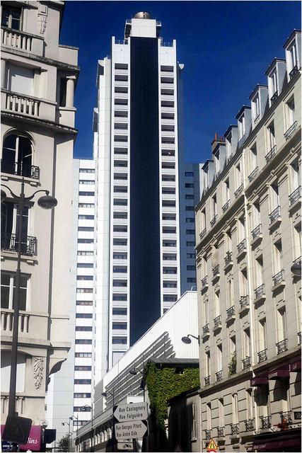 Regard sur la ville : architecture disparate