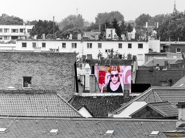 Werbefernsehen über den Dächern von Braunschweig