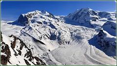 Zermatt : Un panorama mozzafiato ! il ghiacciaio riparato dai venti caldi e dal sole estivo
