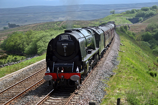 LMS class 8P Coronation 46233 DUCHESS OF SUTHERLAND at Grisedale Crossing near Garsdale on 1Z32 Norwich - Carlisle The Hadrian (steam from Hellifield) 27th May 2017