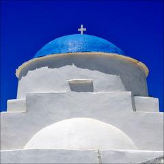 Κυανόλευκη = White and blue
