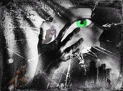 Qu'on se rappelle les yeux verts Le rire à chaque instant Qu'après tout la voix se perd Mais les mots sont vivants