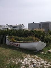 Stationnement de chaloupe / Rowboat parking.