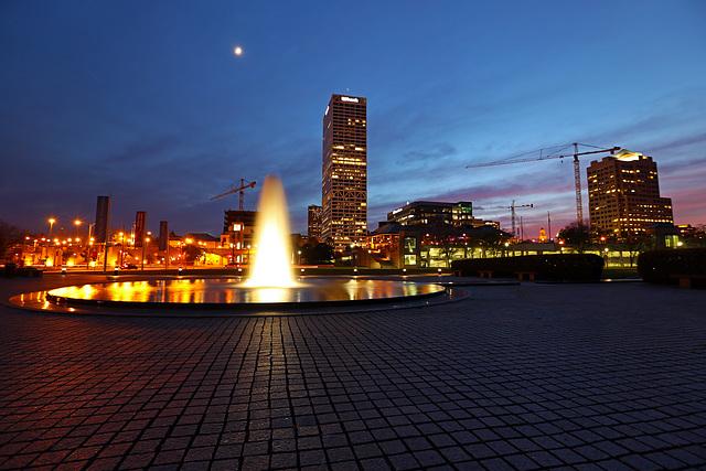 Twilight Fountain, Downtown