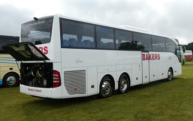 Bakers Coaches SB16 MTB at Showbus - 29 Sep 2019 (P1040577)