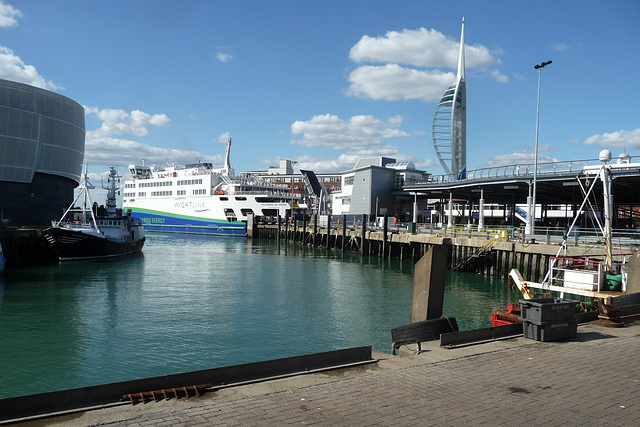 HFF from the IOW Ferry ~ Portsmouth