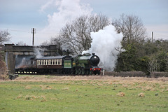 L.N.E.R B12 no 8572 passes Woodthorpe Bridge