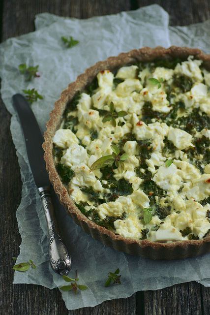 Lehtkapsa-fetapirukas / Kale and feta quiche