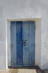 Castro Marim, porta azul