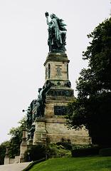 Die Wacht am Rhein: Das Niederwalddenkmal bei Rüdesheim
