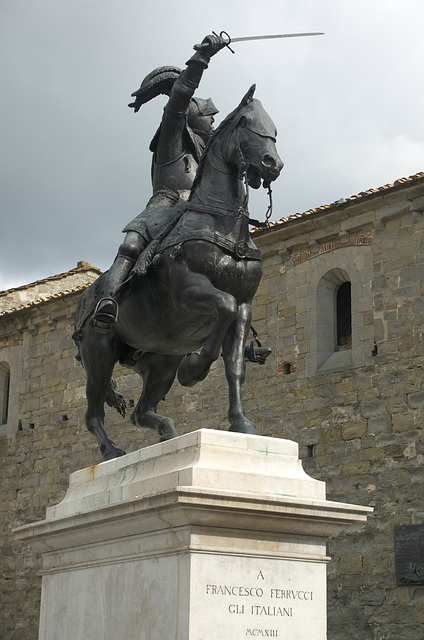 Francesco Ferrucci statue at Gavinana