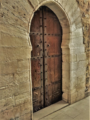 The oldest surviving door in Madrid. OK on black, z, full screen, etc.
