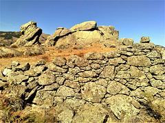 Dry stone wall, La Machota Alta.