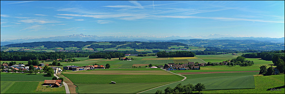 Aussicht auf Wäldi, den Säntis, die Churfirsten und die Glarner Alpen  - Bitte vergrößern!