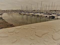 un jour au port après la pluie